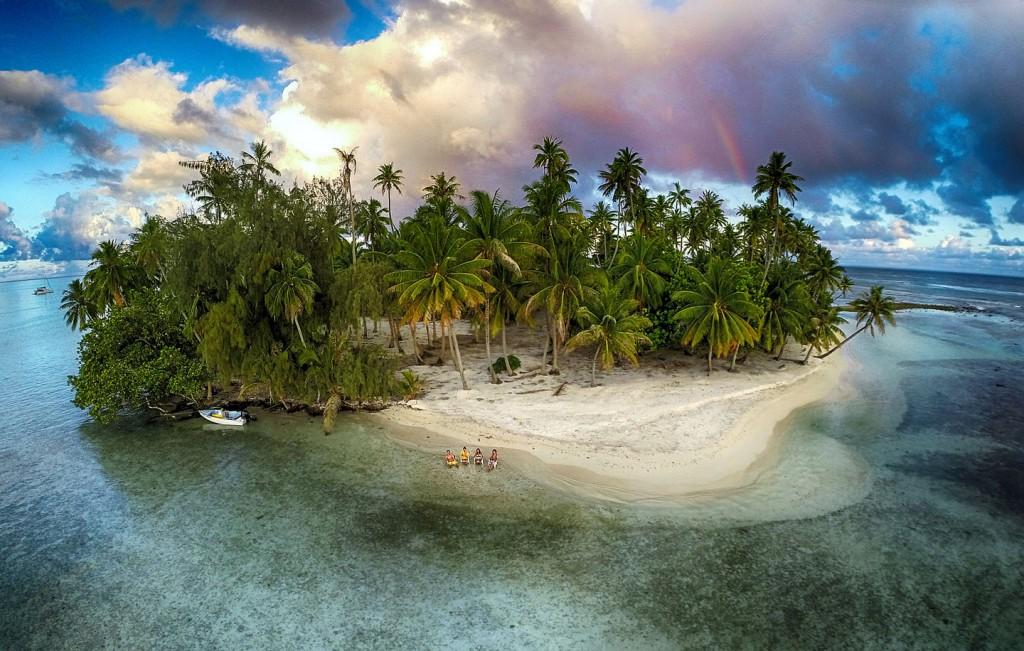 Dronestagram Lost Island