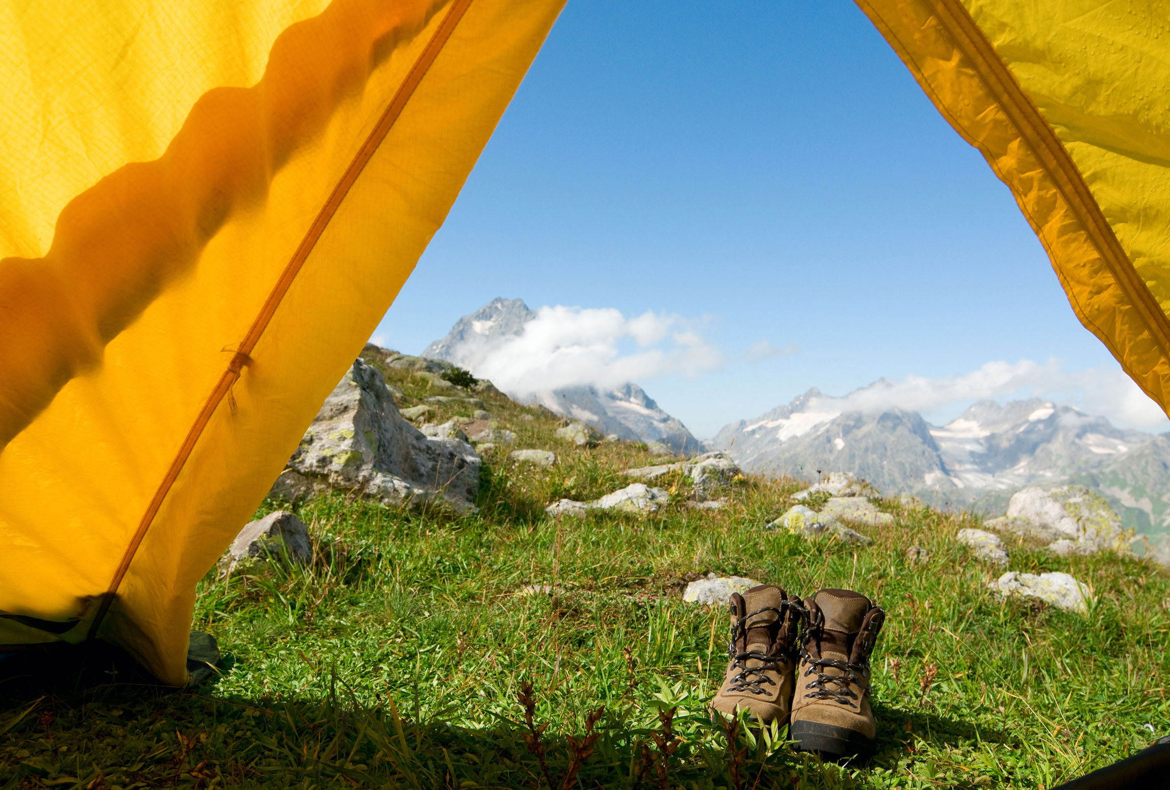 tent-and-feet-smaller